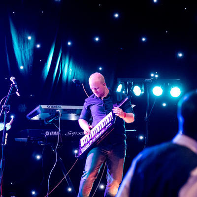 Empire Wedding Function Band Keytar