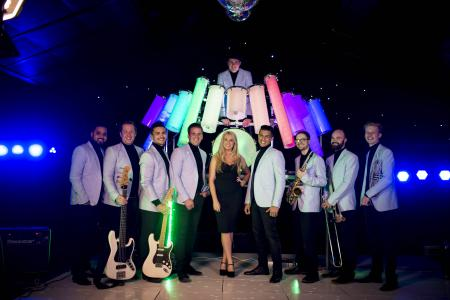 Light Party Essex Wedding Band2