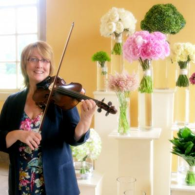 Trudie Ford Violinist from Cheek to Cheek