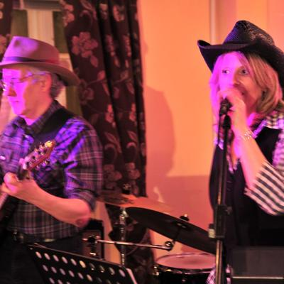 Country Roads London Ceilidh Function Band Live