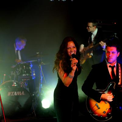 The Martinis London Wedding Band2