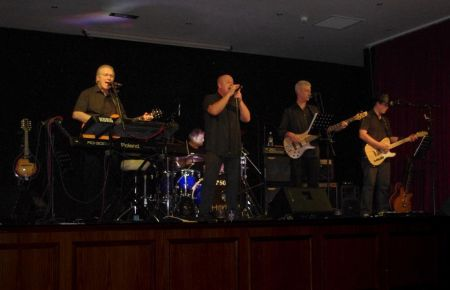Horizon Party Band with Hire A Band