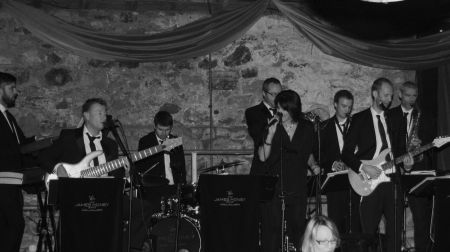 Wedding and Function Band available with Hireaband