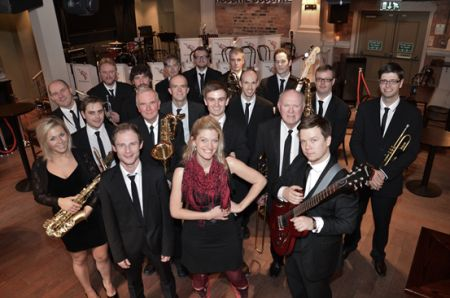 The Strictly Smokin Big Band with Hireaband
