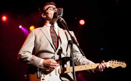 The Essential Buddy Holly Tribute Show by Hireaband