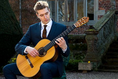The Essential Classical Guitarist booking for weddings through Hireaband