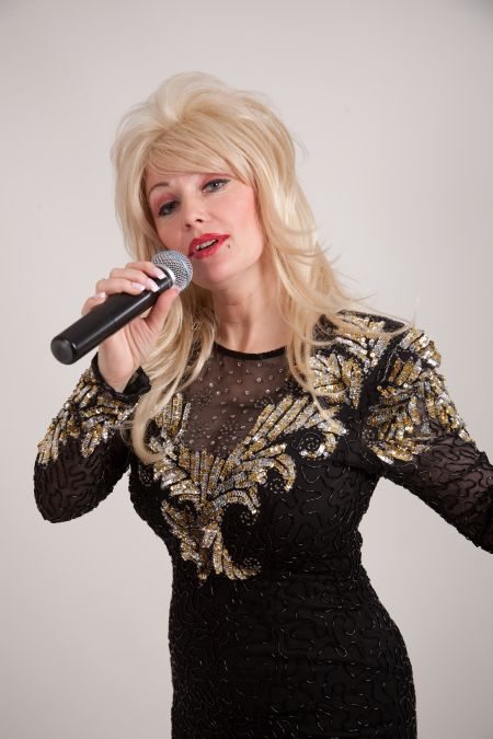 The Essential Dolly Parton with Hireaband